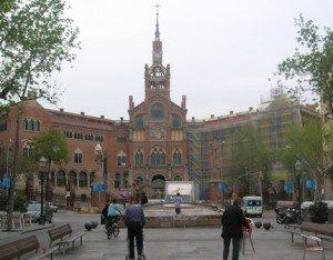 Une journée supplémentaire à Barcelone. dans ESPAGNE 2010 Copie-de-Barcelone-Hopital-St-Creu-300x234