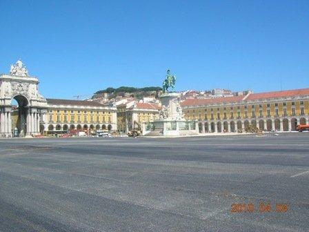 LISBONNE, Quartier Baixa dans PORTUGAL 2010 Copie-de-Place-du-commerce-3