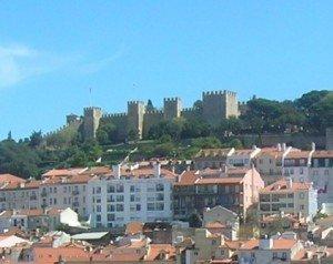 LISBONNE, le Chateau San Jorge  dans PORTUGAL 2010 Vue-de-lescalateur-Santa-Justa-300x238