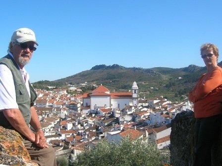 CASTELO DE VIDE dans PORTUGAL 2010 Copie-de-Castelo-vide-Vue-sur-le-village-2